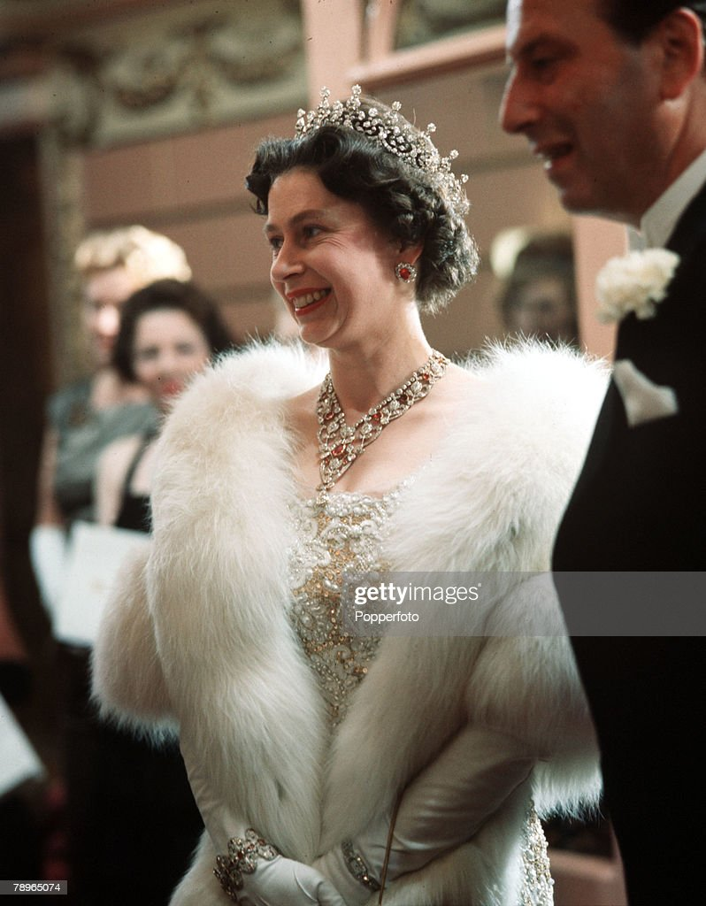 London, England. 1962. Queen Elizabeth II is pictured at the Royal Variety Performance. : News Photo