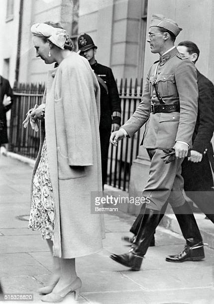 Royal Refugees Safe In EnglandRefugees from Nazioverrun Holland Princess Juliana daughter of Queen Wilhelmina of the Netherlands and her husband...
