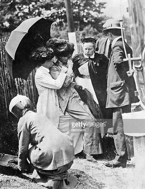 1913 London England This shows an incident which occured in 1913 Confined to a nursing home after forcible feeding in jail had undermined her health...
