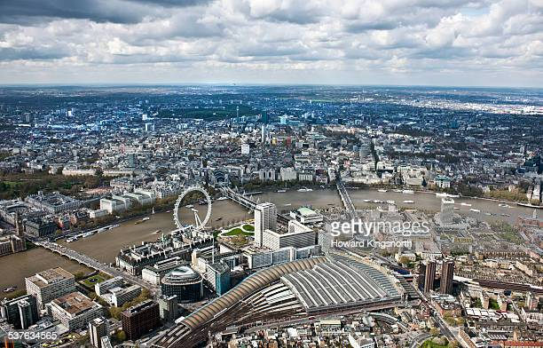 london eye and waterloo station - waterloo railway station london stock pictures, royalty-free photos & images