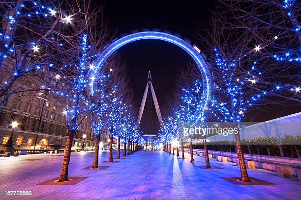 London Eye during the Christmas holiday at dusk
