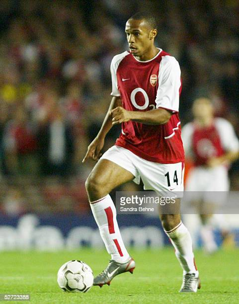 LEAGUE 02/03 London FC ARSENAL LONDON BORUSSIA DORTMUND 20 Thierry HENRY/ARSENAL