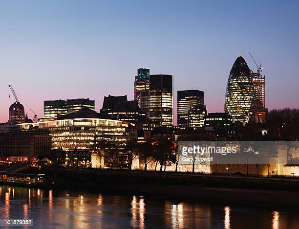 london financial district across river thames - yeowell stock pictures, royalty-free photos & images