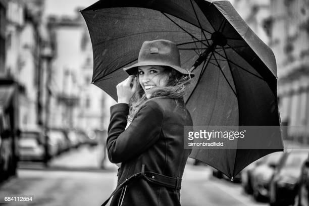 London Mädchen und Regen