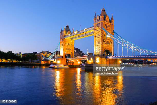 UK, London, Golden time of tower bridge