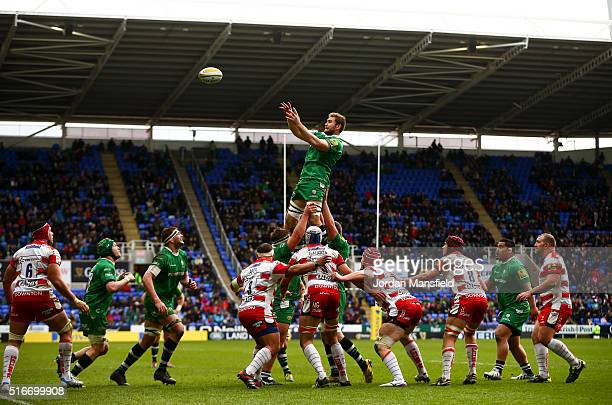 London Irish and Gloucester compete for a lineout during the Aviva Premiership match between London Irish and Gloucester Rugby at the Madejski...