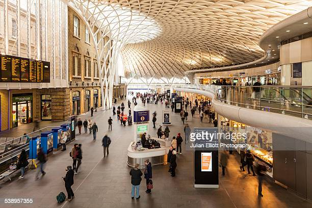 london king's cross railway station - railway station stock pictures, royalty-free photos & images