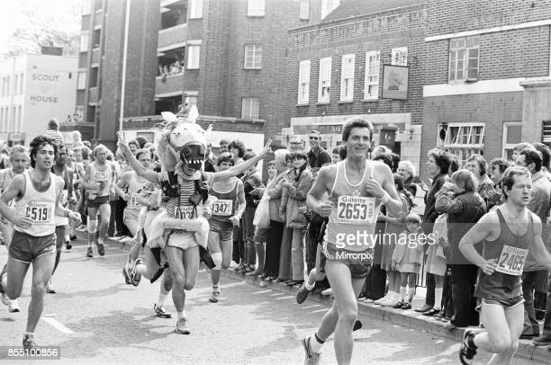 London Marathon 1982 Sponsored by Gillette Sunday 9th May 1982