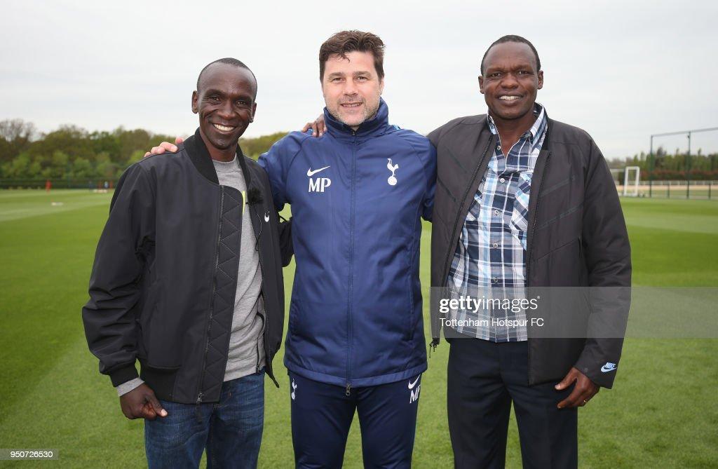 London Marathon Winner Eliud Kipchoge visits Tottenham Hotspur Training Centre : News Photo