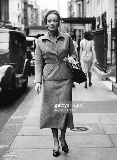 London Marlene Dietrich Leaving Claridges Hotel June 28Th 1949