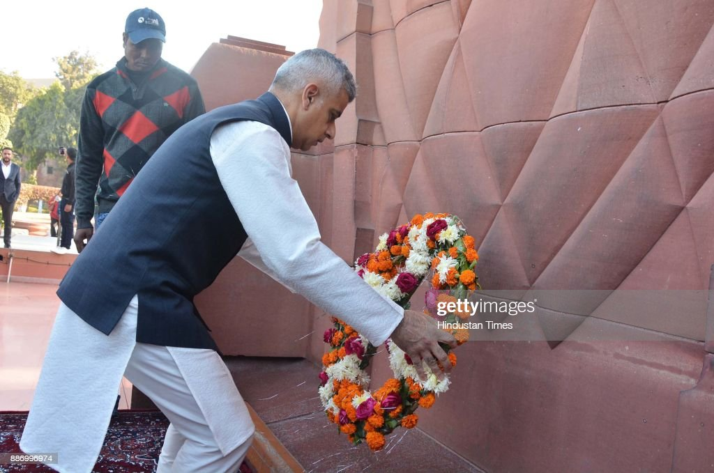 London Mayor Sadiq Khan lays a wreath to martyrs at Jallianwala Bagh on December 6 2017 in Amritsar India Khan called on the British government on...