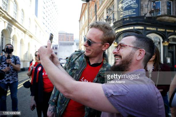 """London mayoral candidate Laurence Fox poses for a selfie as he attends a """"Unite For Freedom"""" anti-lockdown demonstration held to protest against the..."""