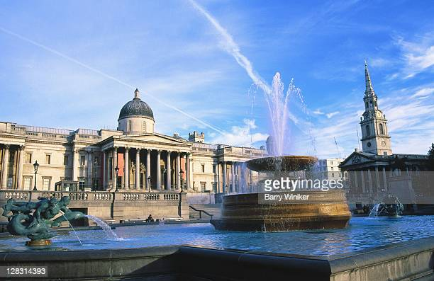 london, national gallery and trafalgar square - national portrait gallery london stock pictures, royalty-free photos & images