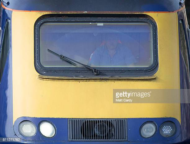 London Paddington bound train approaches Bath Spa station on the Great Western railway line on February 19 2016 in Bath England The electrification...