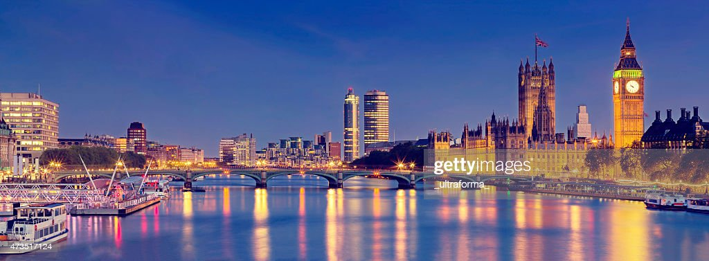 London panoramic with Westminster Bridge and The Houses of Parliament : Stock Photo