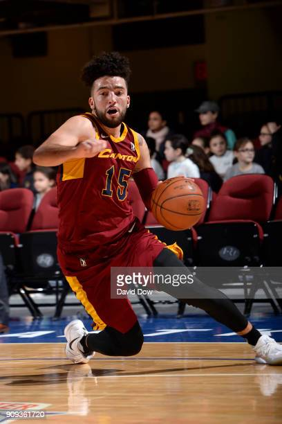 London Perrantes of the Canton Charge handles the ball against the Westchester Knicks on January 23 2018 in White Plains New York NOTE TO USER User...