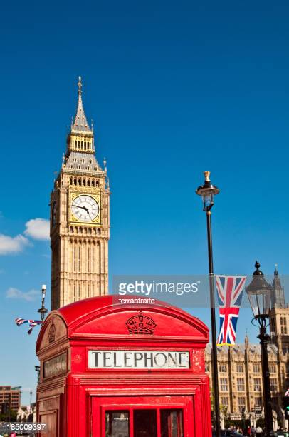 london red telephone box and big ben - big ben stockfoto's en -beelden