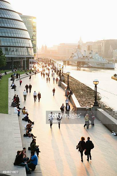 london riverbank - town hall government building stock pictures, royalty-free photos & images