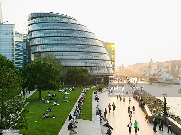 london riverbank - town hall stock pictures, royalty-free photos & images