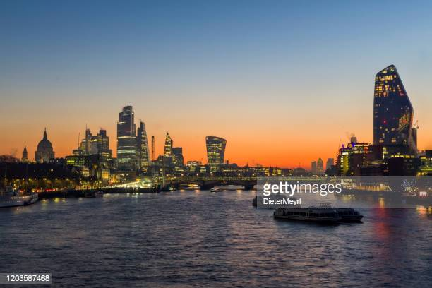 london skyline - dawn on the thames - central london stock pictures, royalty-free photos & images