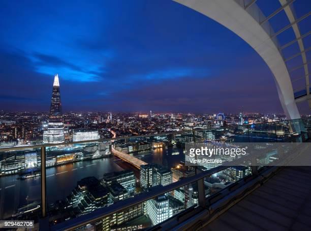 London skyline looking over Thames Commerical stock portfolio na United Kingdom Architect na 2015