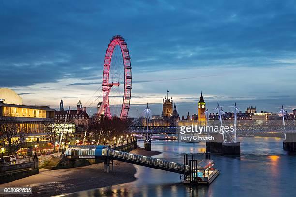 london skyline - ロンドン サウスバンク ストックフォトと画像