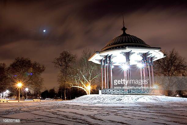 london snow - clapham common stock pictures, royalty-free photos & images