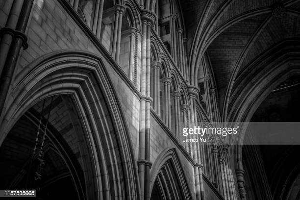 london southwark church - gothic stock pictures, royalty-free photos & images