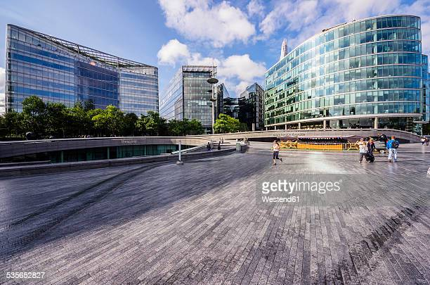 uk, london, southwark, city hall - courtyard stock pictures, royalty-free photos & images