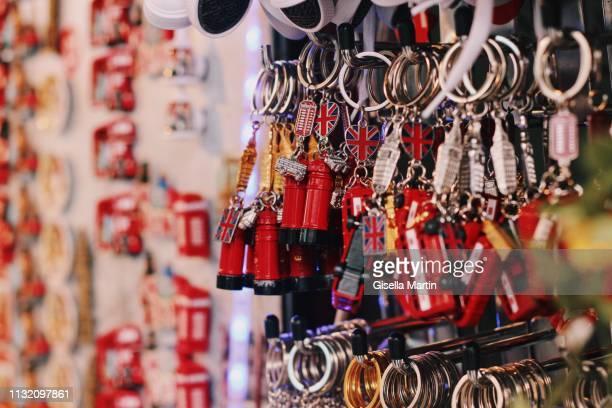 london souvenirs - souvenir stock pictures, royalty-free photos & images