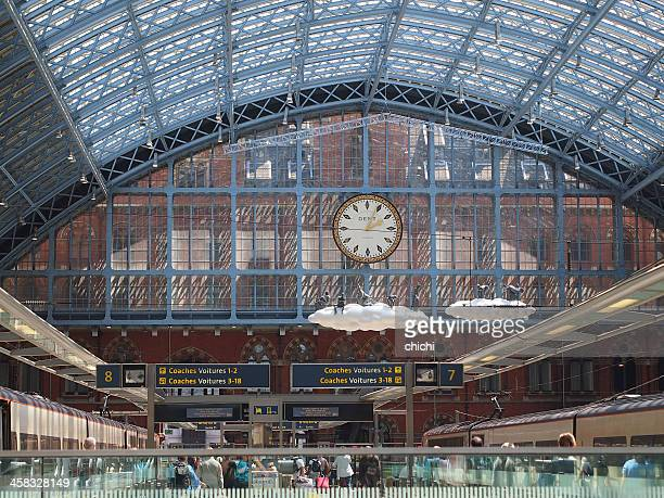 london st pancras station - eurostar stock pictures, royalty-free photos & images