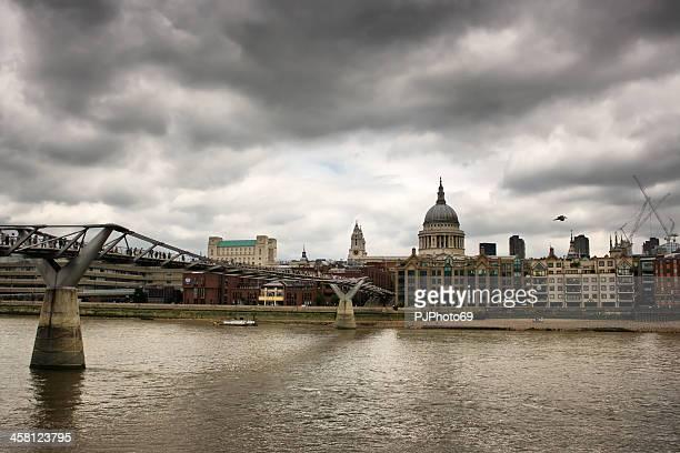 London - St. Paul Cathedral and Millennium Bridge