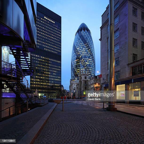 London Swiss Re building