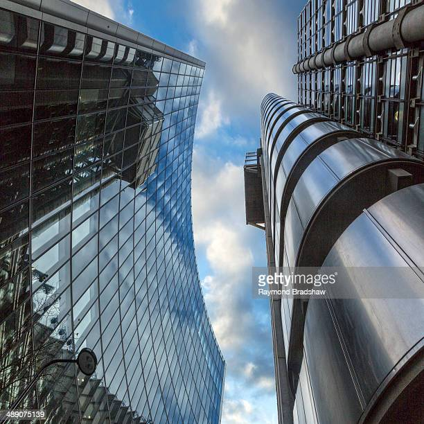 London, the financial district, the Lloyds building, one of the modern masterpieces of the central business distric.