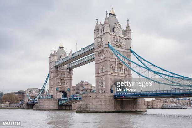 london tower bridge, river thames uk - london bridge england stock pictures, royalty-free photos & images