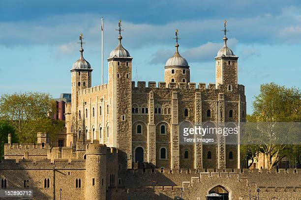 uk, london, tower of london - tower of london stock pictures, royalty-free photos & images