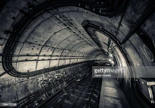 CONTENT] London Underground Tube Tunnel