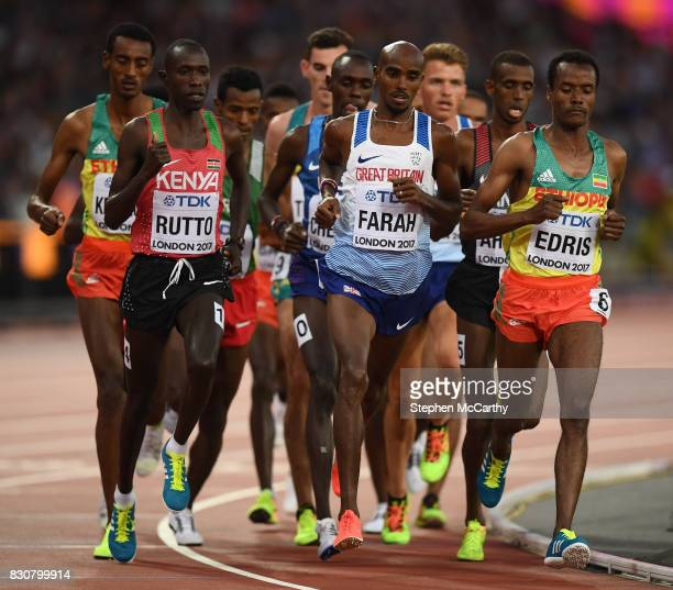 London United Kingdom 12 August 2017 Mo Farah of Great Britain competes in the final of the Men's 5000m event during day nine of the 16th IAAF World...