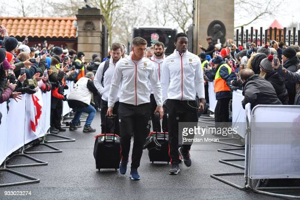 London United Kingdom 17 March 2018 England players including Owen Farrell arrive prior to the NatWest Six Nations Rugby Championship match between...