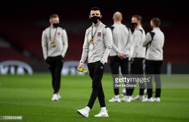 London United Kingdom 29 October 2020 Darragh Leahy of Dundalk walks the pitch with his teammates prior to the UEFA Europa League Group B match...