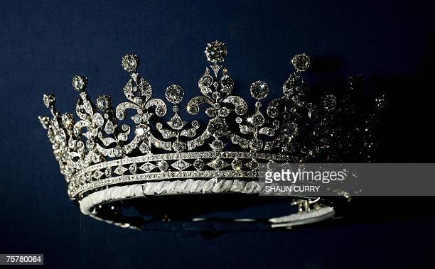 London, UNITED KINGDOM: A diamonds and silver tiara given to Britain's Queen Elizabeth II on her wedding day 20 November 1947 by Queen Mary is...