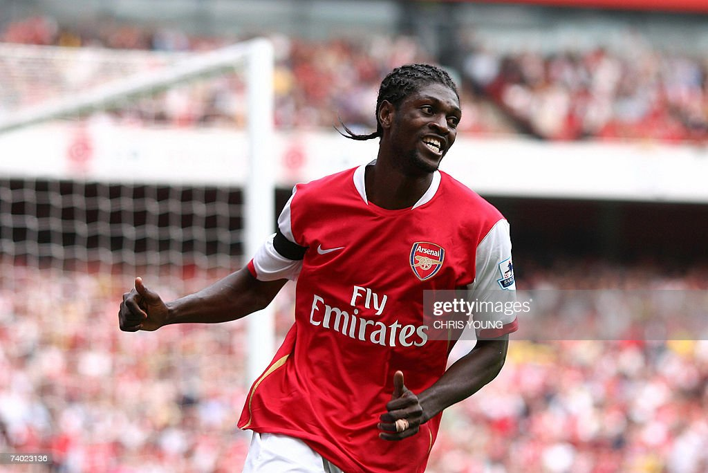 Arsenal's Togolese striker Emmanuel Adebayor in action during the English Premiership match between Arsenal and Fulham, at the Emirates Stadium, London, 29 April 2007. AFP PHOTO/CHRIS YOUNG Mobile and website uses of domestic English football pictures subject to subscription of a licence with Football Association Premier League (FAPL) tel: +44 207 298 1656. For newspapers where the football content of the printed and electronic versions are identical, no licence is necessary.
