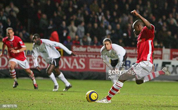 London, UNITED KINGDOM: Darren Bent scores Charlton`s first goal from the penalty spot during today`s Premiership clash between Charlton Athletic FC...