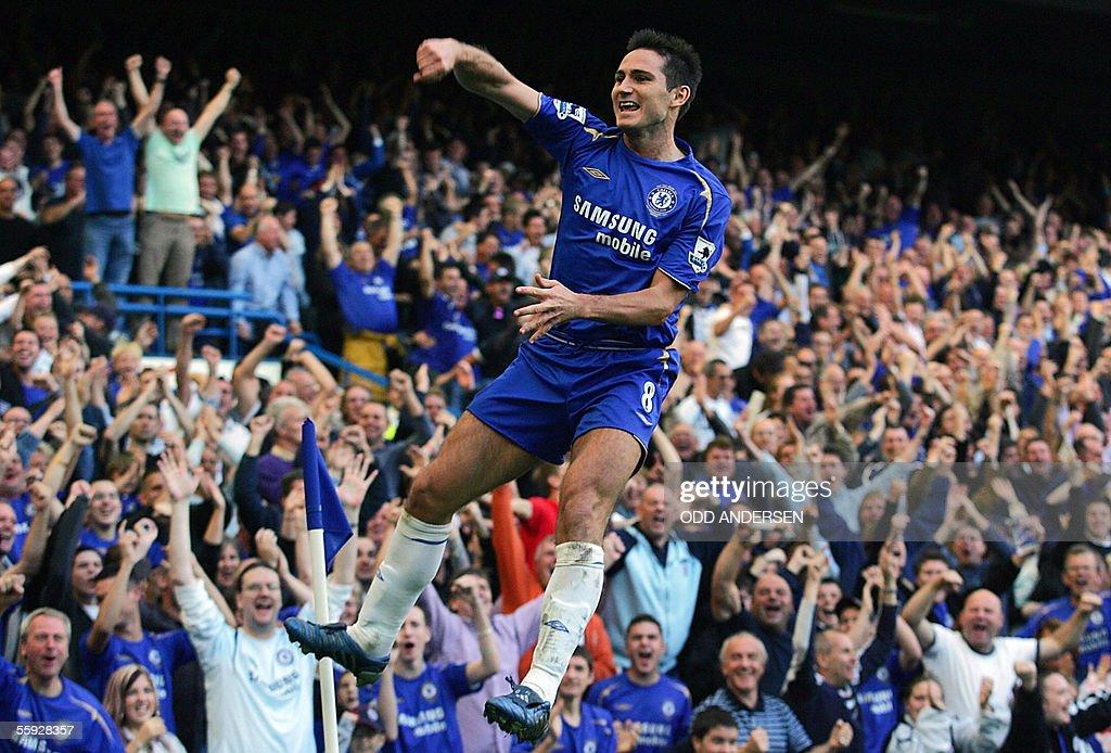 Frank Lampard of Chelsea celebrates his : News Photo