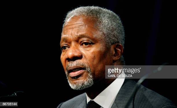 London, UNITED KINGDOM: Kofi Annan, Secretary General of the UN is seen during a press conference at the Savoy hotel, London, 30 January 2006. Rice...