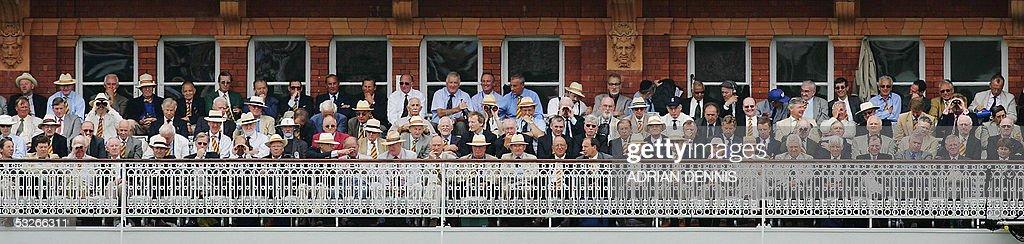 Members of The Marylebone Cricket Club w : News Photo