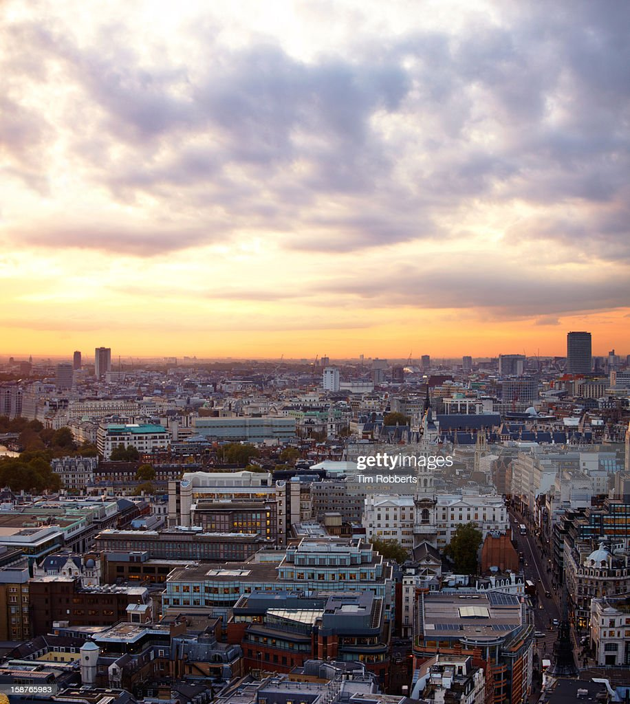 London view at sunset : Foto de stock
