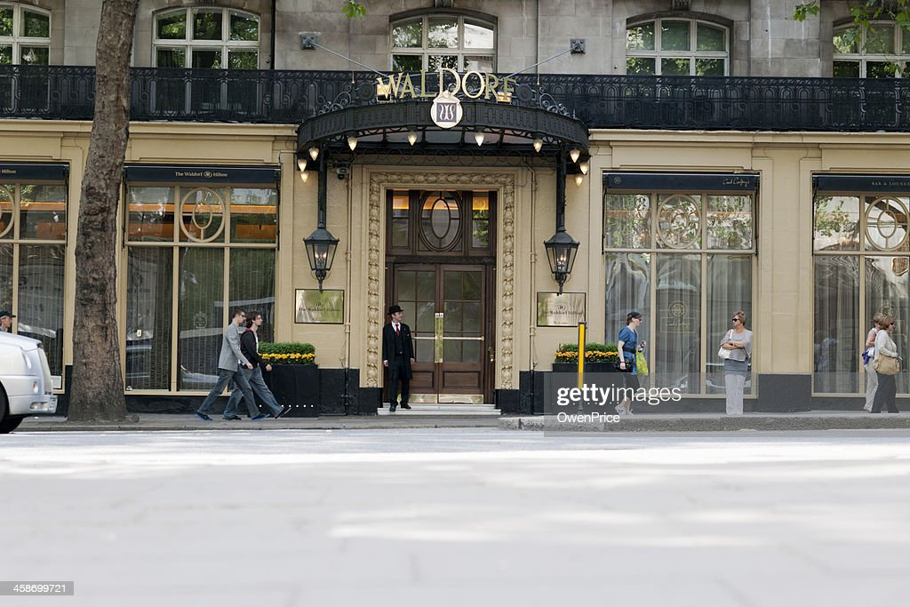 London Waldorf Hilton : Stock Photo