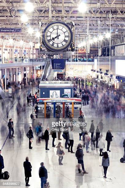 london waterloo - waterloo railway station london stock pictures, royalty-free photos & images