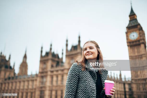 londoners at westminster bridge - houses of parliament london stock pictures, royalty-free photos & images